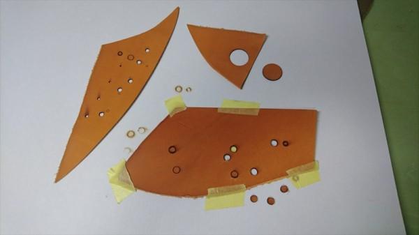 レザークラフトでレーザー加工機を利用 革の切り抜き (1)