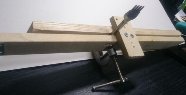 レザークラフトを静かな音でやる道具「100均の材料で作る2」