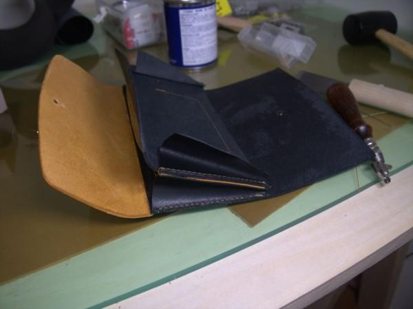 【レザークラフト】有料型紙で長財布を作ってみた13