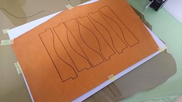レザークラフトでレーザー加工機を利用|革の切り抜き (6)