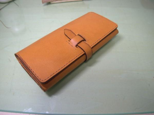 FaboolLaserminiを利用した長財布の制作過程|レザークラフト作品
