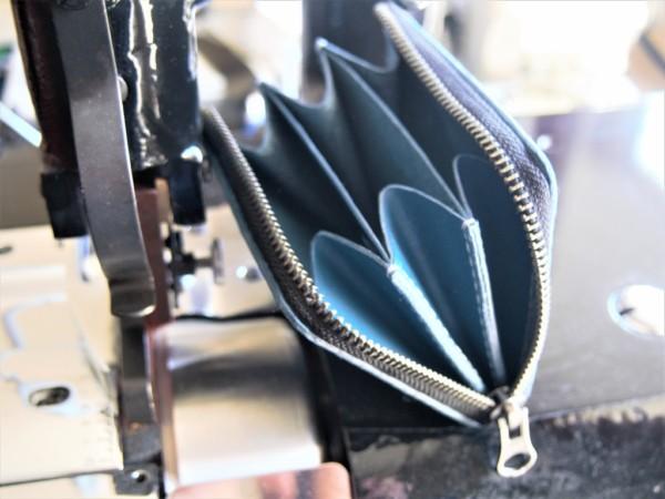 レザークラフト初心者のL字ファスナー小型財布の製作工程_完成写真2