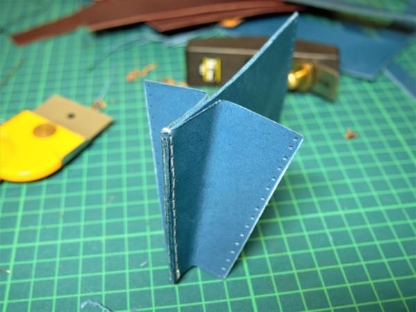 L字ファスナーの小型財布|レザークラフト (5)