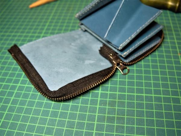 L字ファスナーの小型財布|レザークラフト (9)