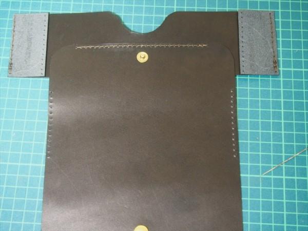 [レザークラフト]革の領収書入れの作り方 (18)_R