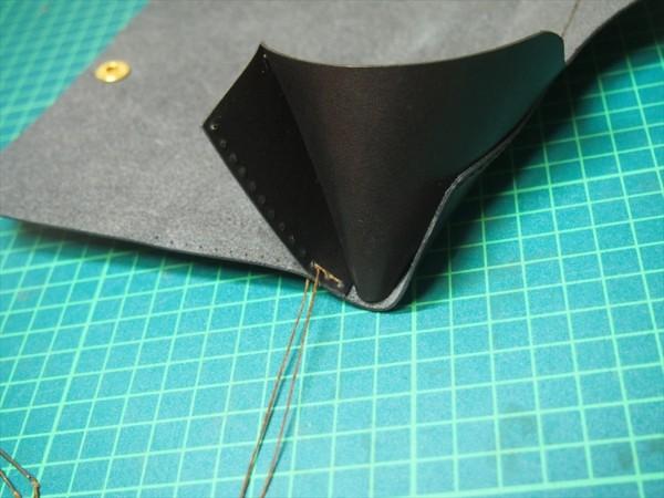 [レザークラフト]革の領収書入れの作り方 (19)_R