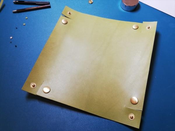 レザークラフト無料ダウンロード型紙革のトレーの作り方-10