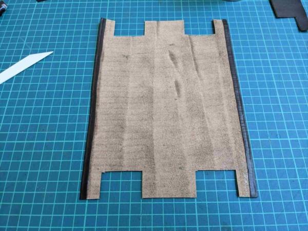レザークラフト初心者が作る簡単型紙のファスナーペンケースの作り方 (7)_R