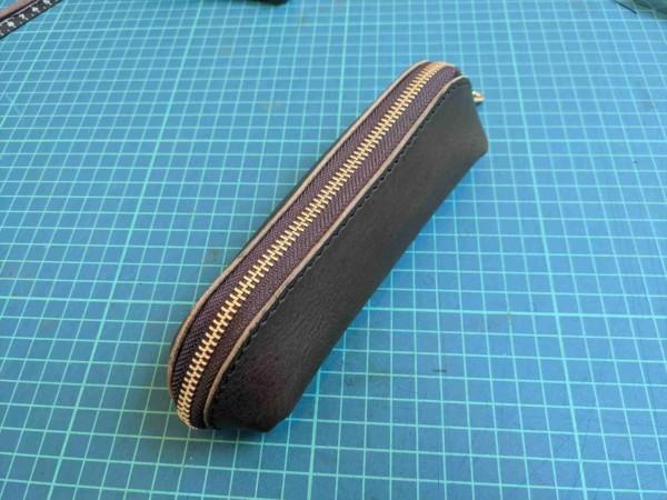 [レザークラフト]A4サイズの革で作るペンケースの作り方 11