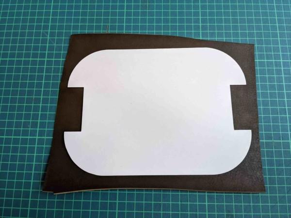 [レザークラフト]A4サイズの革で作るペンケースの作り方 2