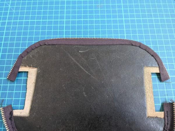 [レザークラフト]A4サイズの革で作るペンケースの作り方 6
