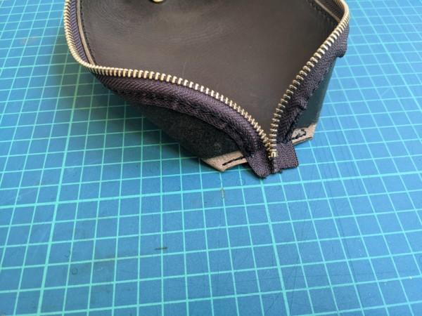 [レザークラフト]A4サイズの革で作るペンケースの作り方 9